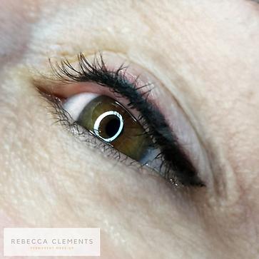 Eyeliner på øvre øyelokk permanent makeu