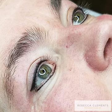 eyeliner tatovering Rebecca Clements Per