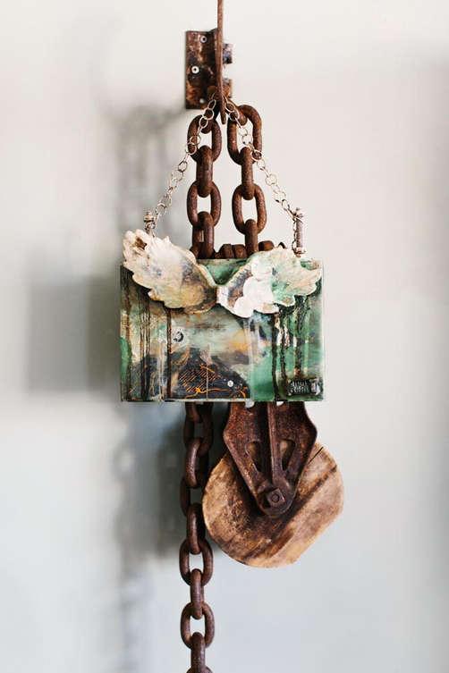 lia-golemba-artist-airdrie-broken wing