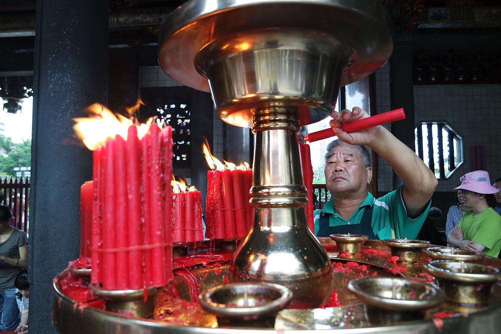 Travel Tips for Taipei Taiwan: Longshan Temple 龙山寺