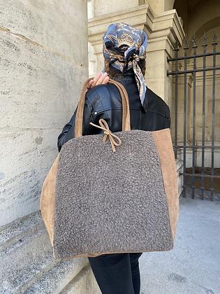 Taupe Maxi Vivo Lana Leather Tote Bag - Jijou Capri