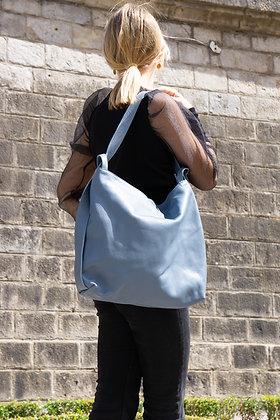 Zaino Futura grained leather handbag