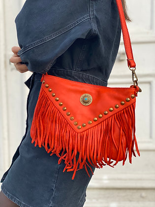 Coral Idaho vintage Leather Crossbody Bag - Jijou Capri