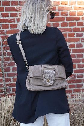 Rudy Vintage Leather Crossbody Bag