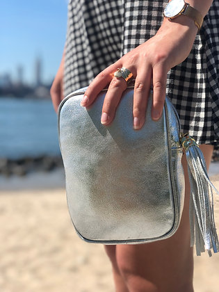 Misa Metallic Leather Silver Bag - Jijou Capri