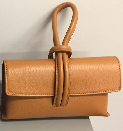 BETTY Leather Handbag