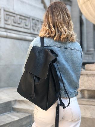 Leather Backpack - Jijou Capri