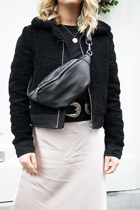 Fanny Pack Black Grained Leather - Jijou Capri