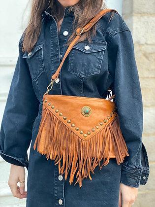 Camel Idaho vintage Leather Crossbody Bag - Jijou Capri