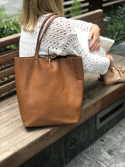 GRAINED_LEATHER_BAG.jpg