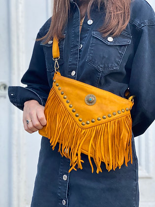 Mustard Idaho vintage Leather Crossbody Bag - Jijou Capri