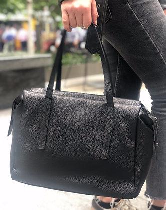 Belfort Black Grained Leather Handbag - Jijou Capri