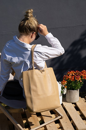 Cream Grained Leather Tote Bag - Jijou Capri