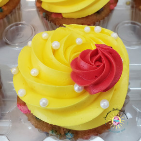 Beauty and the Beast Belle Cupcakes