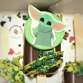 Baby Yoda Grogu edible image cakesicles