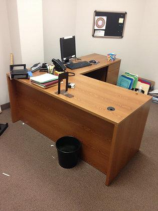 #189, Pre-Owned Hon L-Shaped Desks