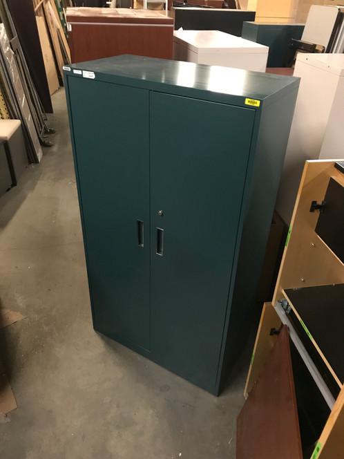 Used Metal Storage Cabinet >> Used Steelcase Metal Storage Cabinets Model No 730581 Discount