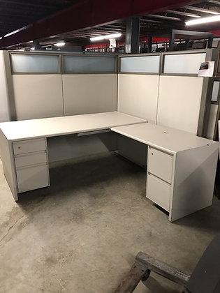 """#388, Pre-Owned Steelcase 9000 L-Shaped Desks   75""""W x 90""""D"""