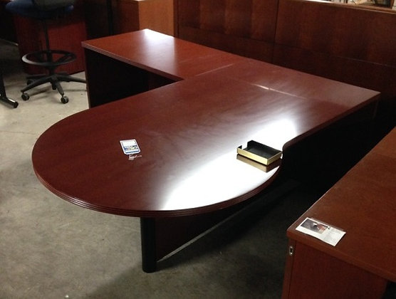#274, Pre-Owned P-Top Desk