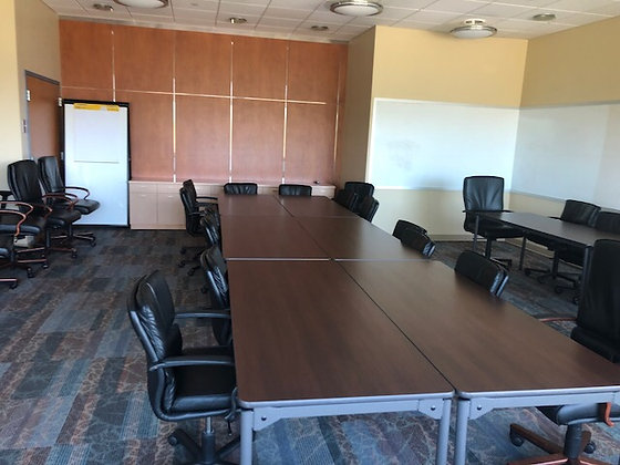#297, Pre-Owned Maxx Legroom Wood Folding Tables