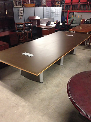 #253, Pre-Owned 12'x5' Nienkamper Conference Tables