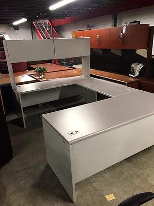 #416, Pre-Owned U-Shaped Desks