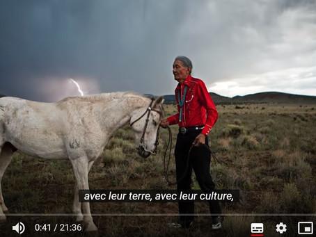Le Peuple du Cheval : une interview avec Erika Larsen