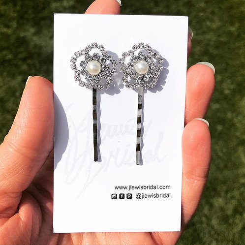 2 Flower Hair Bobby Pins