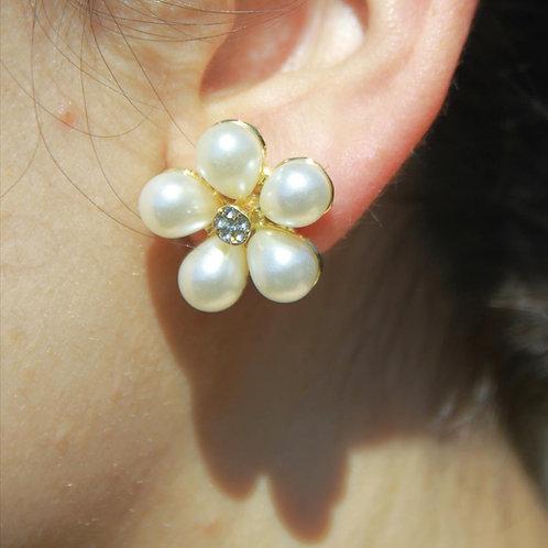 Golden Flower Pearl Stud Earrings