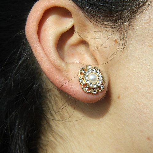 Pearl Centered Gold Stud Earrings