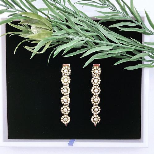 Gold base flower wedding hair clip set