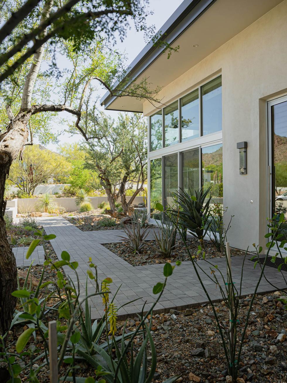 The Green Room Landscape Design-4507-web