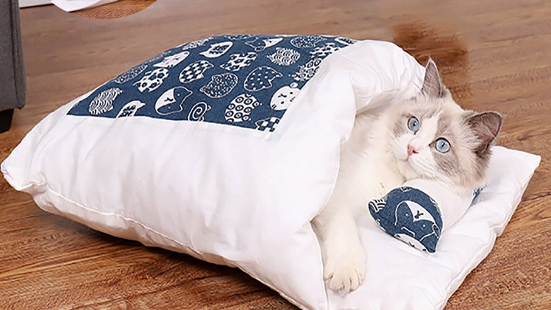 Cosy Sleeping Bag for Pets