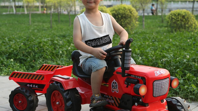 Unisex  Electric Car for Kids Ride on Four-Wheel Tractor