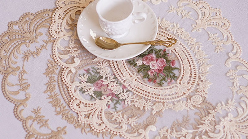 1Pcs Lace Embroidered Placement Mat