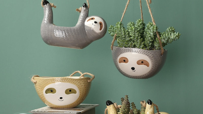 Hanging Sloth Plant Pot