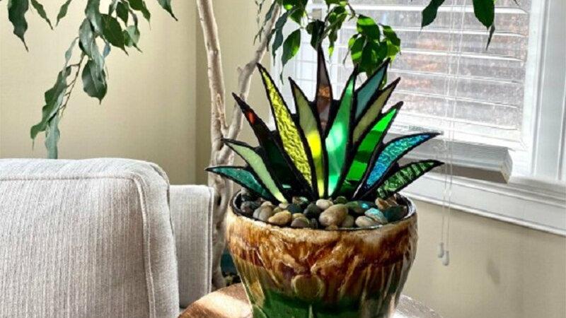 Glass Suncatcher Plant Decoration