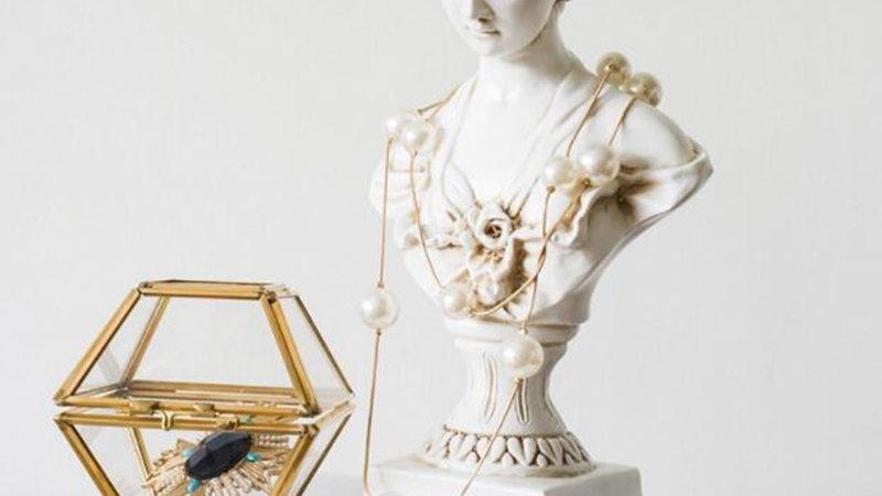 Miniature Venus Ornaments