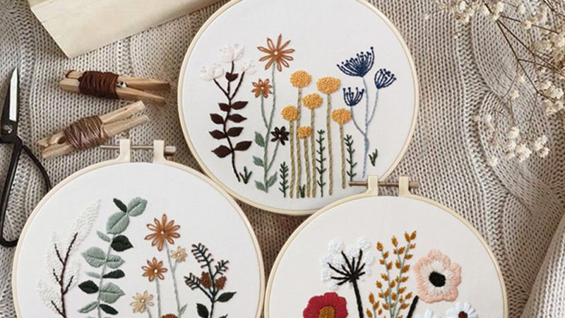 European-Style Embroidered Flowers DIY Kit
