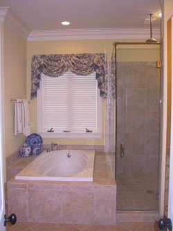 Costum Tub & Shower