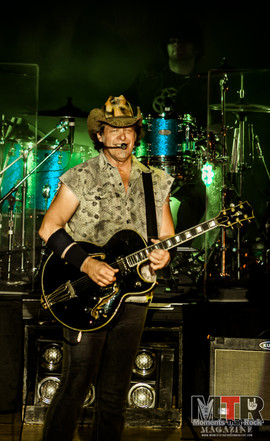 Ted Nugent at Peabody 8-19-56.jpg