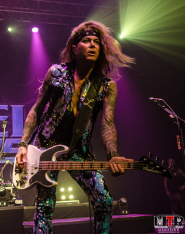 Steel Panther at Plaza Live 10-19 -49.jp