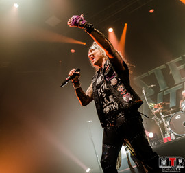 Steel Panther at Plaza Live 10-19 -31.jp