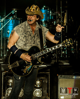 Ted Nugent at Peabody 8-19-52.jpg