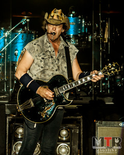 Ted Nugent at Peabody 8-19-49.jpg
