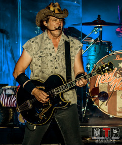Ted Nugent at Peabody 8-19-36.jpg