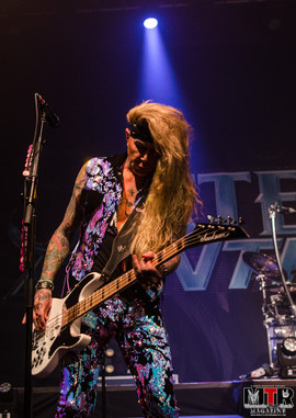 Steel Panther at Plaza Live 10-19 -26.jp