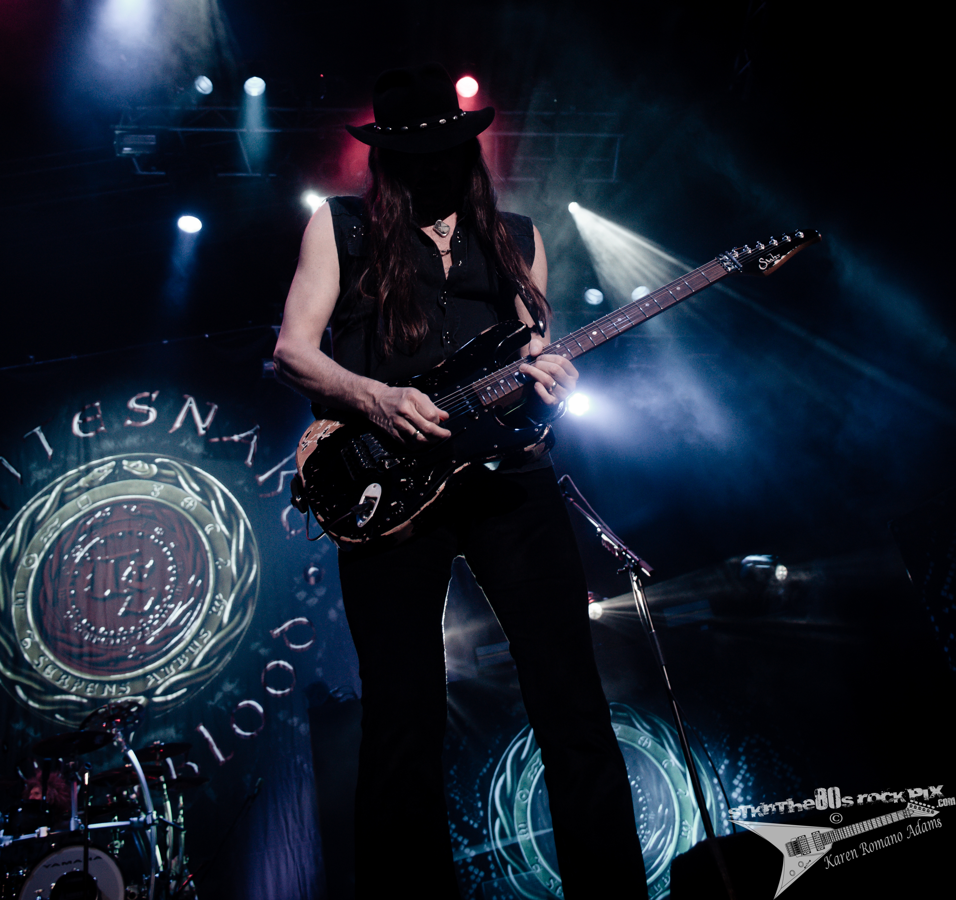 Whitesnake at Hard Rock Live 4-19-43
