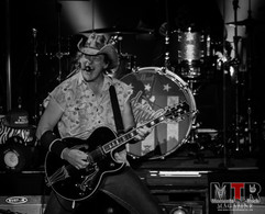 Ted Nugent at Peabody 8-19-26.jpg