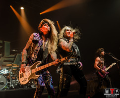 Steel Panther at Plaza Live 10-19 -27.jp